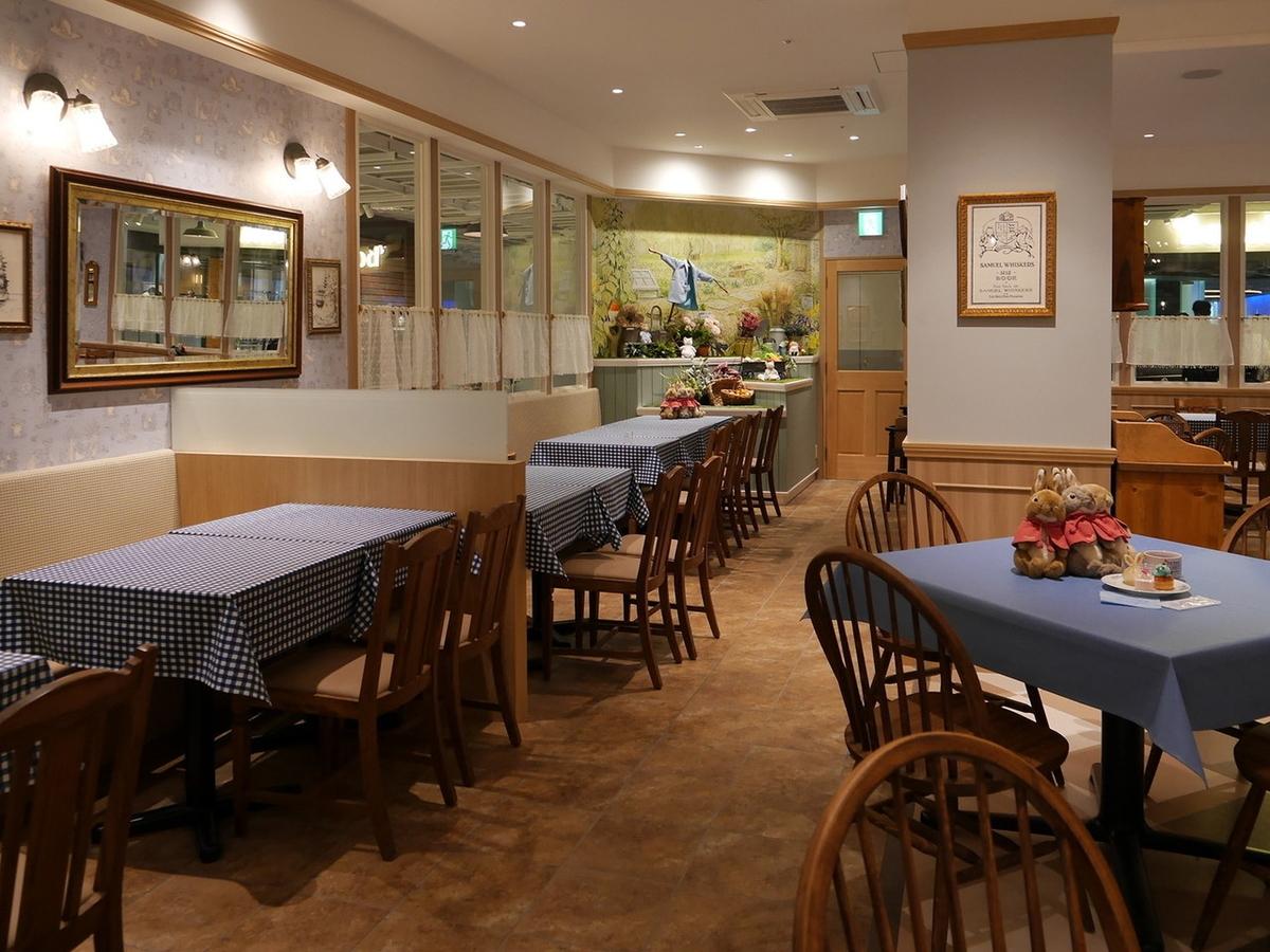 ピーターラビット™カフェ横浜ハンマーヘッド店