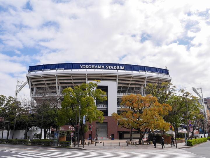 新しくなった横浜スタジアム外観(2020年3月17日撮影)