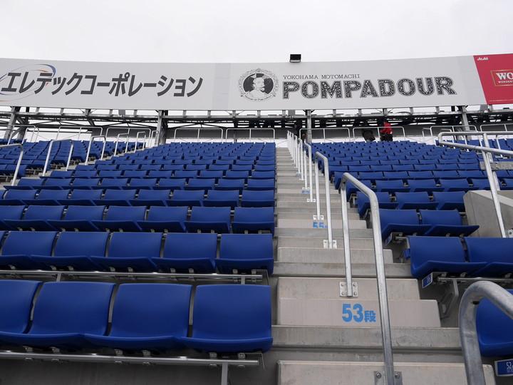 横浜スタジアム レフトウィング席