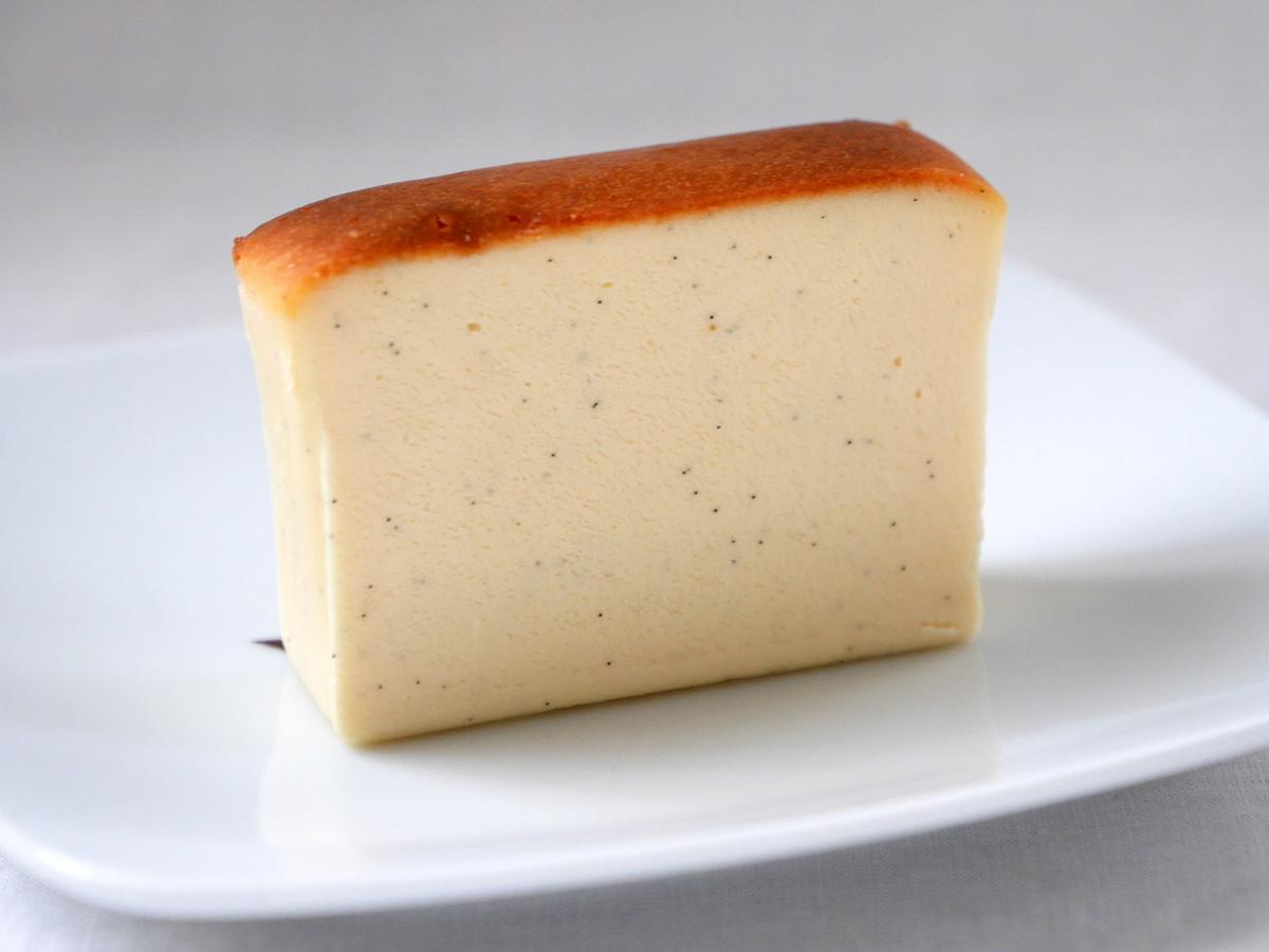 ハグフラワーヨコハマ チーズテリーヌ