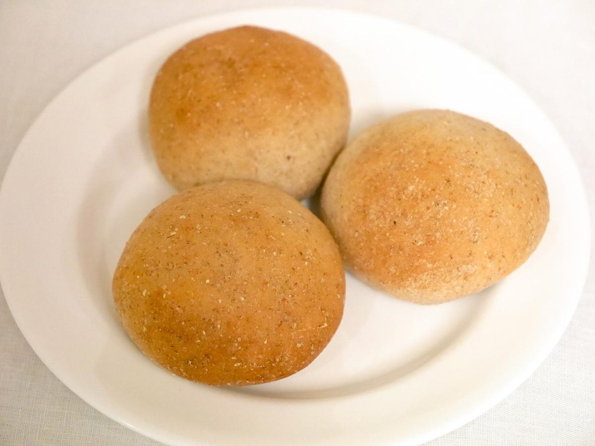 レストランリパイユ 自家製丸パン