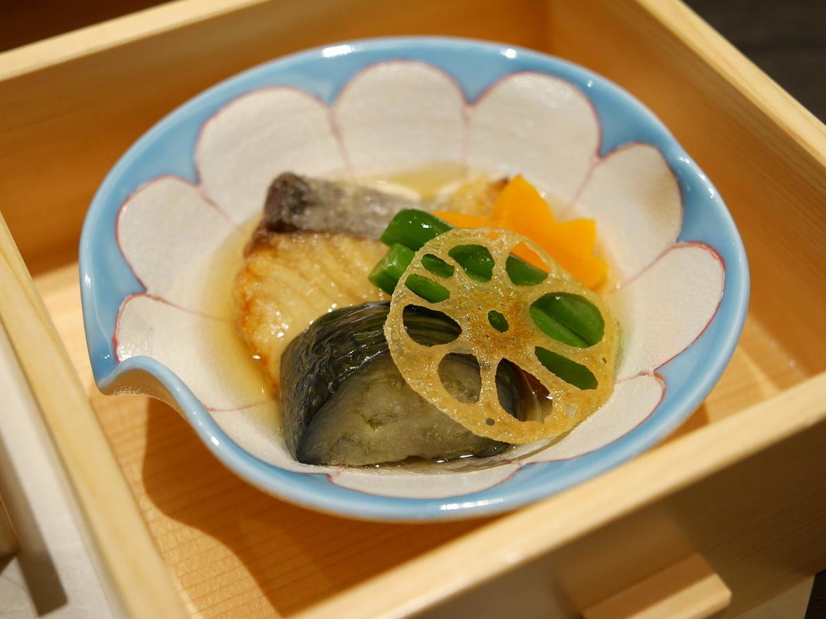 天然白身魚と地野菜の煮物