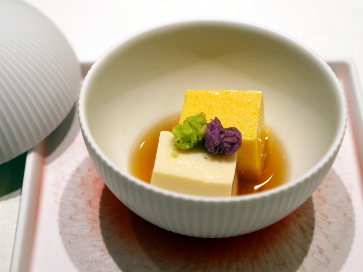 ぎん特製 手造り豆腐 山葵 旨出汁