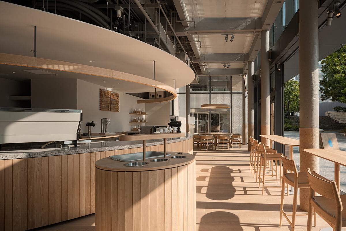 ブルーボトルコーヒー みなとみらいカフェ 内観