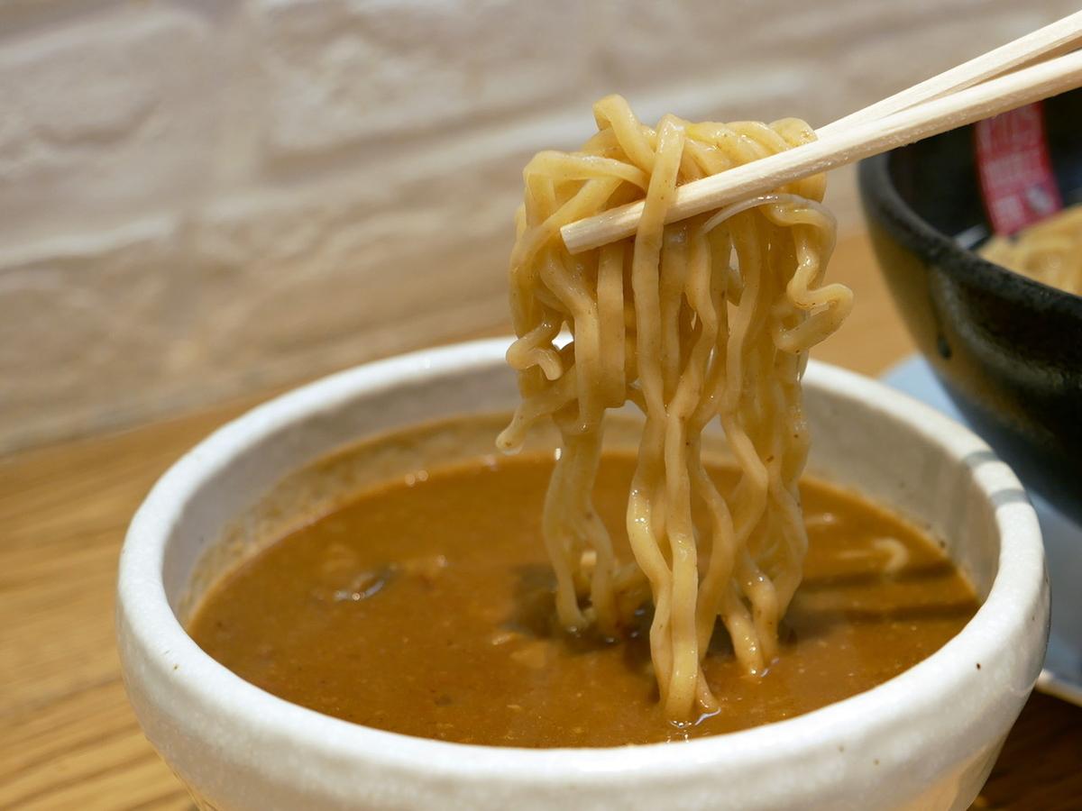 鰹だし薫る アンガスビーフカレーつけ麺