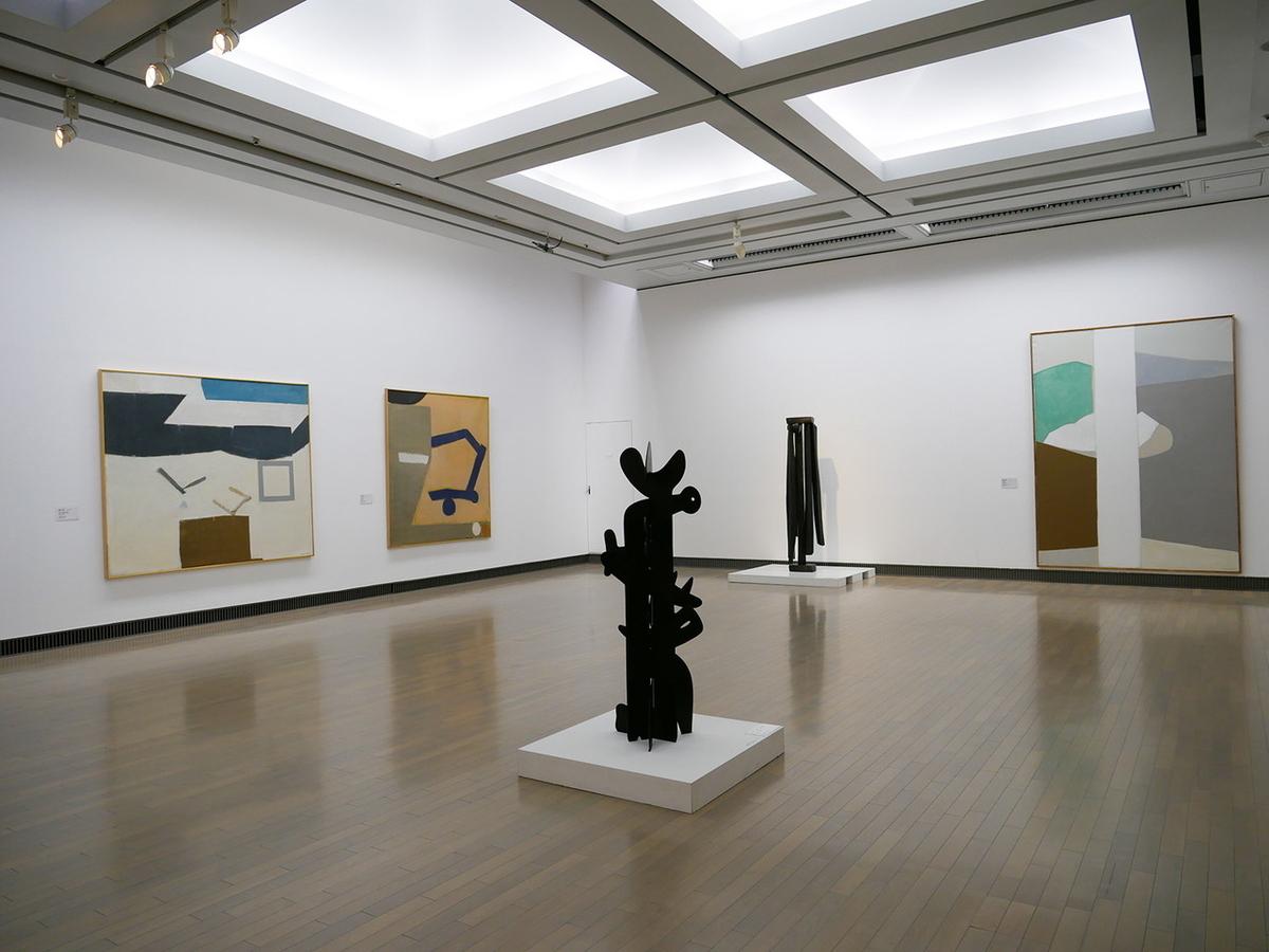 横浜美術館コレクション展「ヨコハマ・ポリフォニー:1910年代から60年代の横浜と美術」展示風景