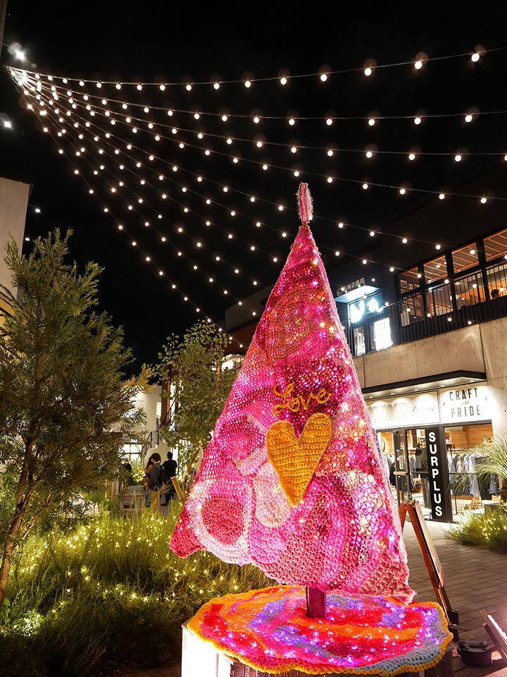 ロンドン ケイ 「かぎ針編みアート」クリスマスツリー