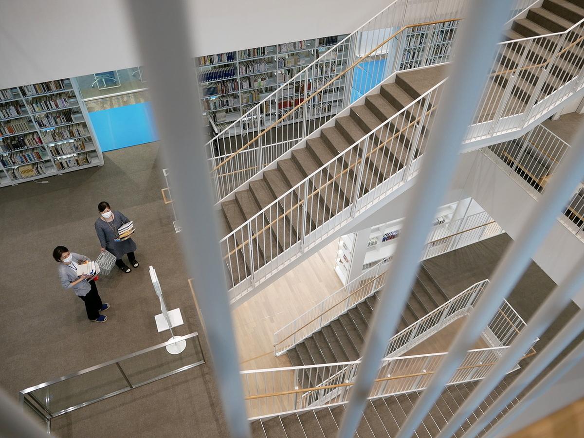 神奈川大学みなとみらいキャンパス図書館