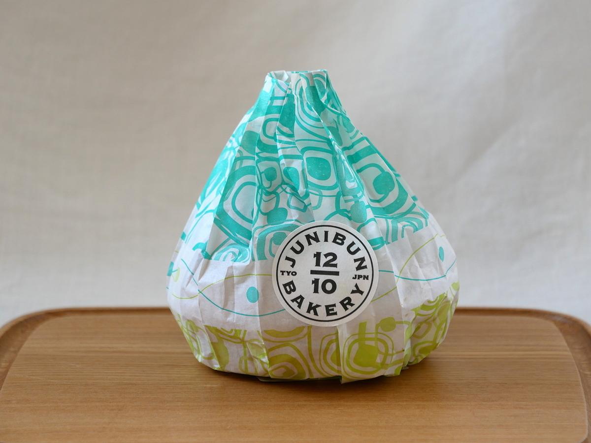 風船パン(345円)