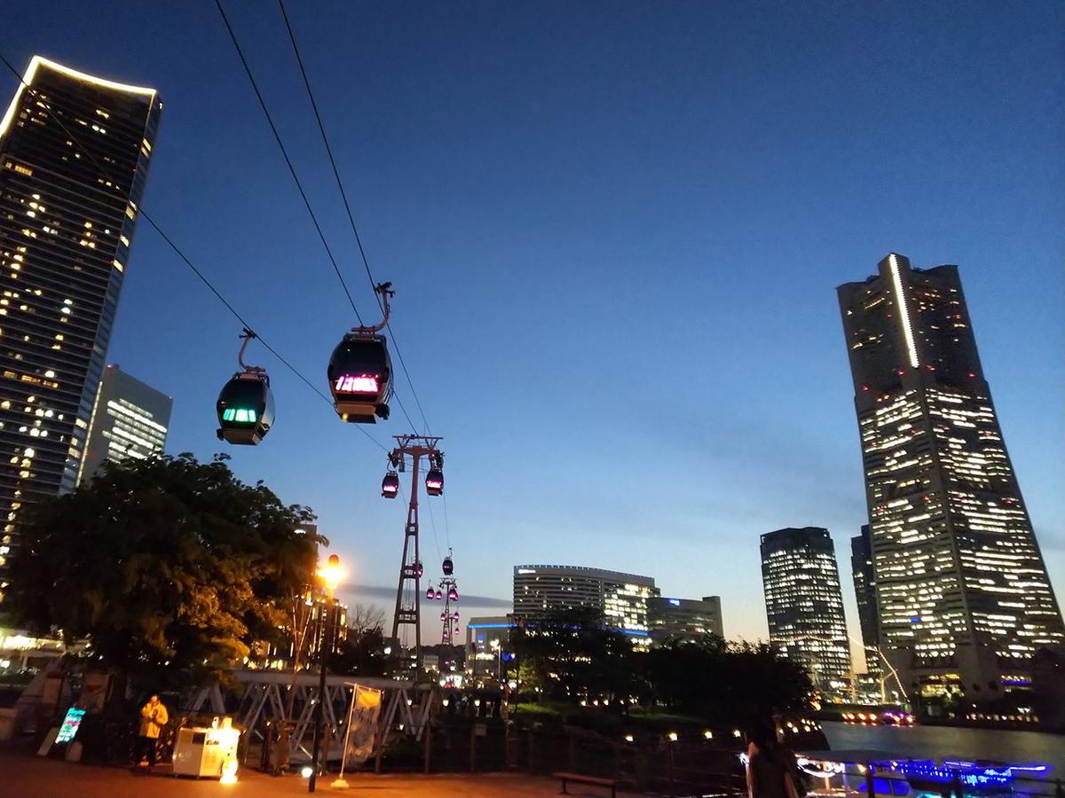 横浜ロープウェイの夜景