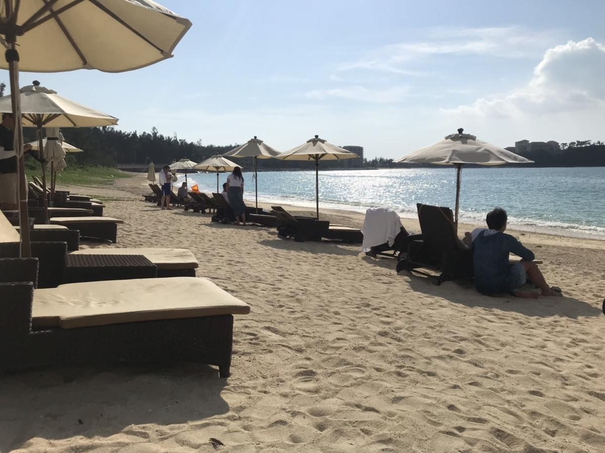 プライベートビーチ in ザ・リッツ・カールトン沖縄