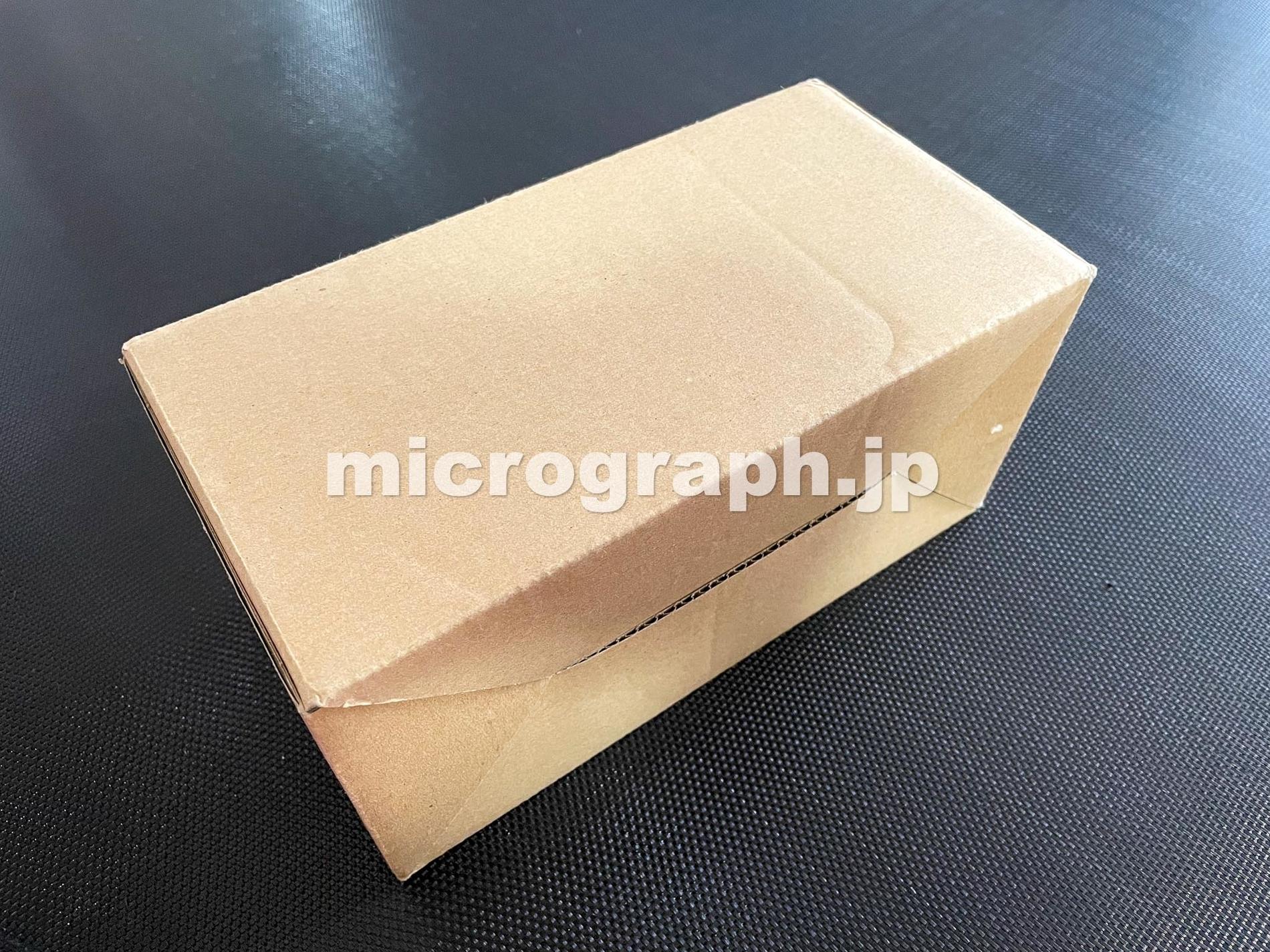 段ボールの箱の写真