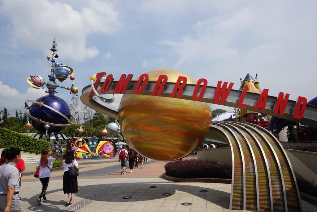 香港ディズニー トゥモローランド