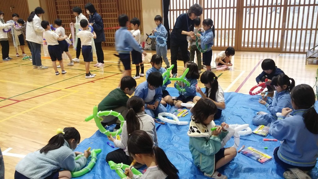 f:id:tsuchiura:20181206220208j:plain