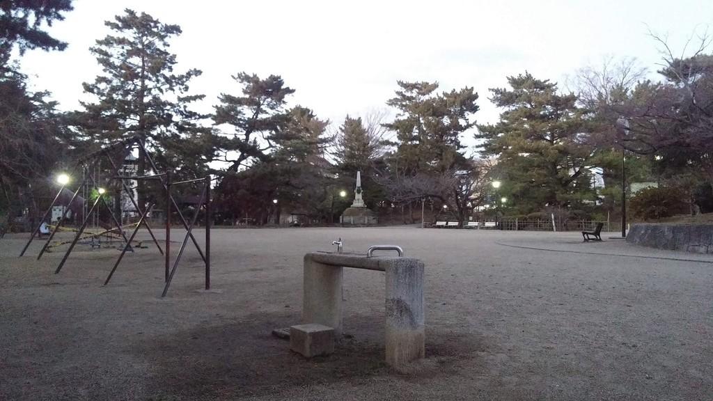 f:id:tsuchiura:20190103175412j:plain