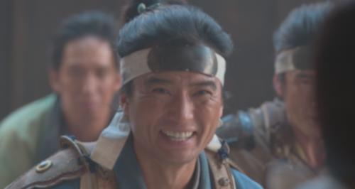 明智十兵衛光秀の母・牧を説得する藤田伝吾