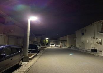 LED防犯灯により明るくなった生活道路