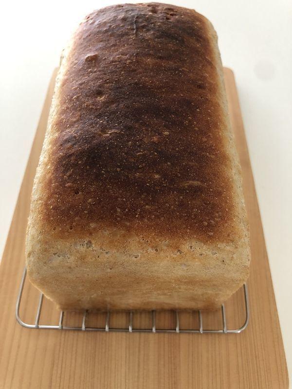 食パン焼き上がりの画像