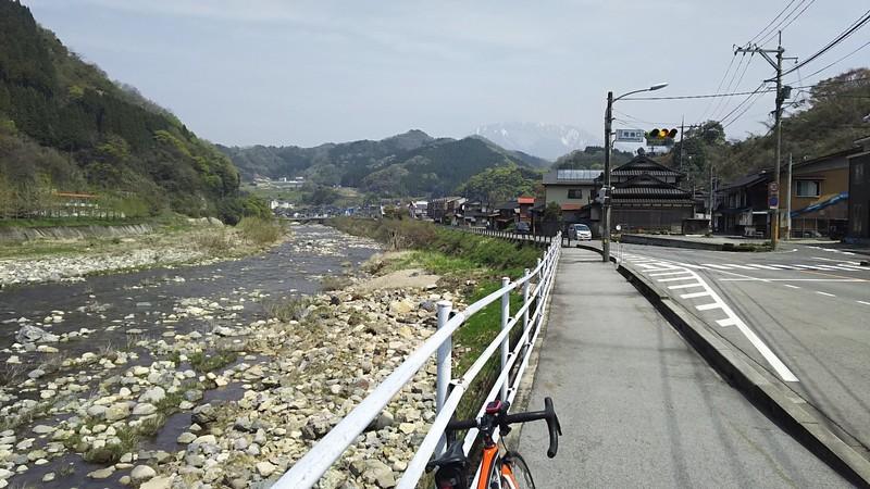 f:id:tsuru-585:20190421122426j:plain