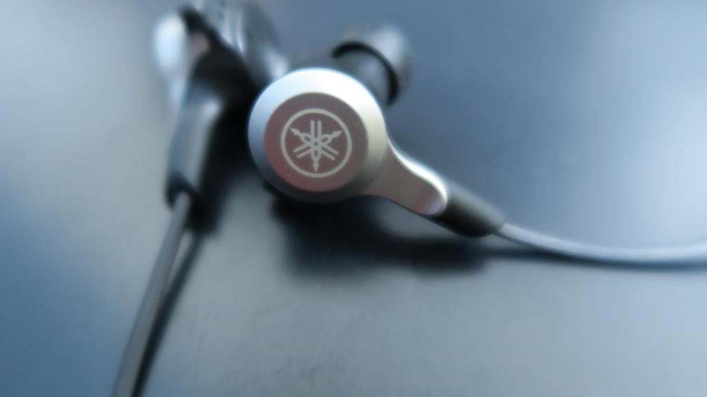 ヤマハ YAMAHA EPH-W53 Bluetooth イヤホン レビュー