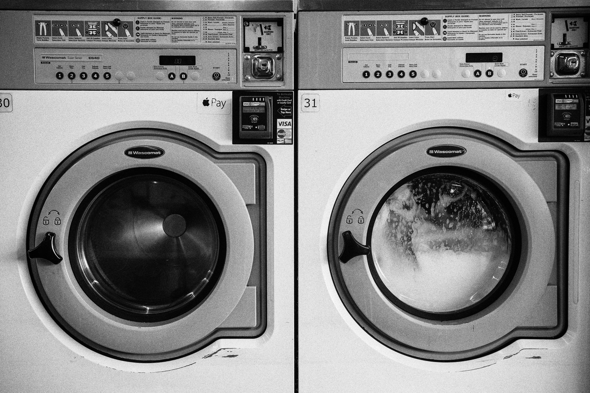 ドラム式洗濯機を買おうとしたけど、狭すぎて断念した