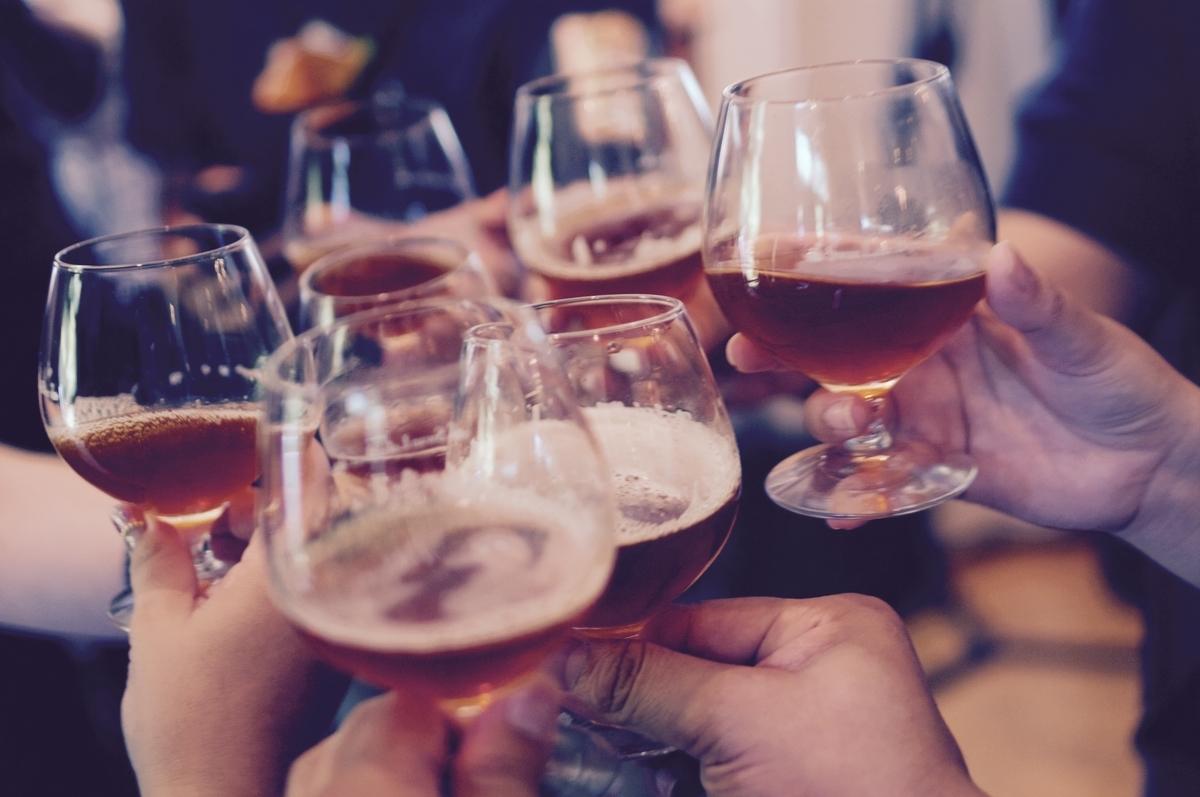 飲み会で新入社員が気をつけるべきポイント