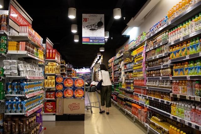 【スーパー】スーパーの1日当たり売上を上場企業で調べてみる