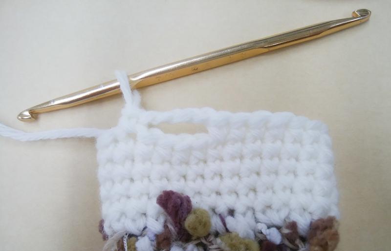 4目飛ばしてからこま編み