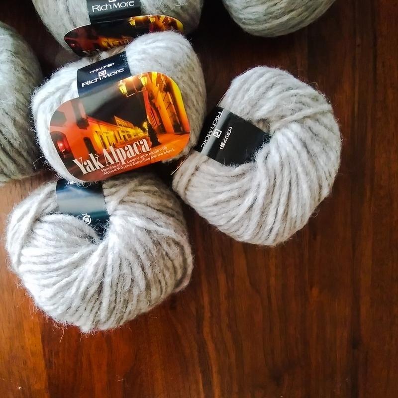 ヤクアルパカの毛糸の画像