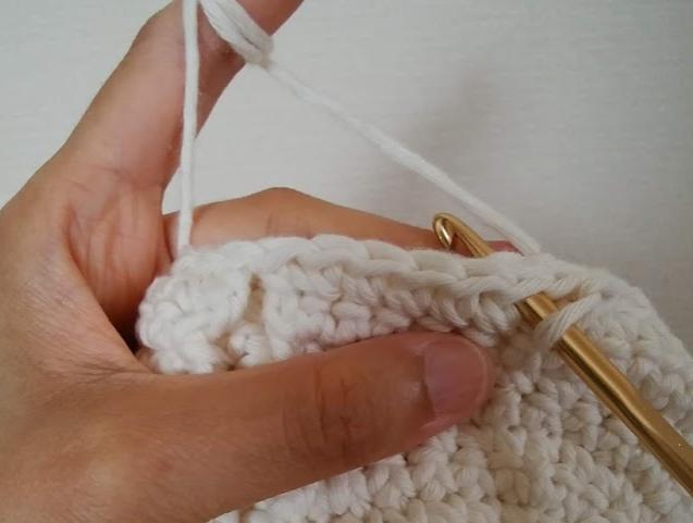 引き抜き編みで3つのパーツをくっつける