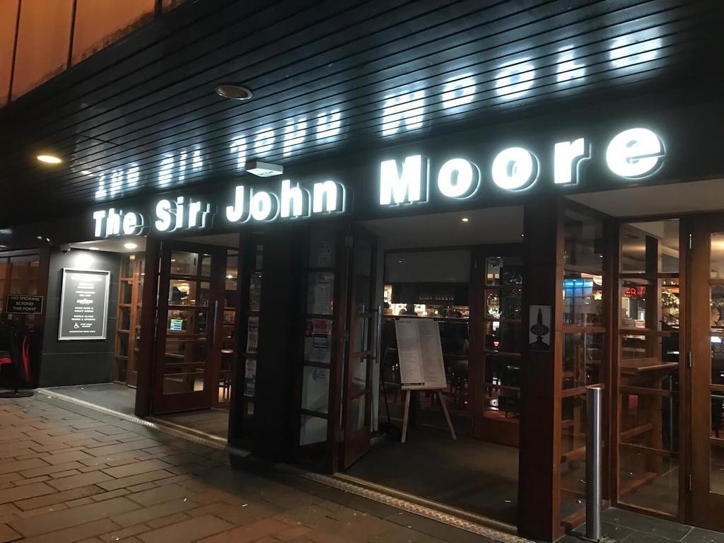 この旅で何度も訪問したThe Sir John Moore