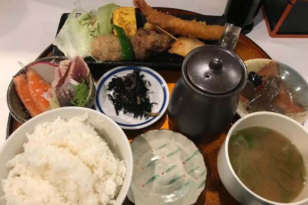 小田原「こはる食堂」のこはる定食