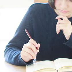 占い師になるには、左脳が強すぎる人は、素質が低い!?