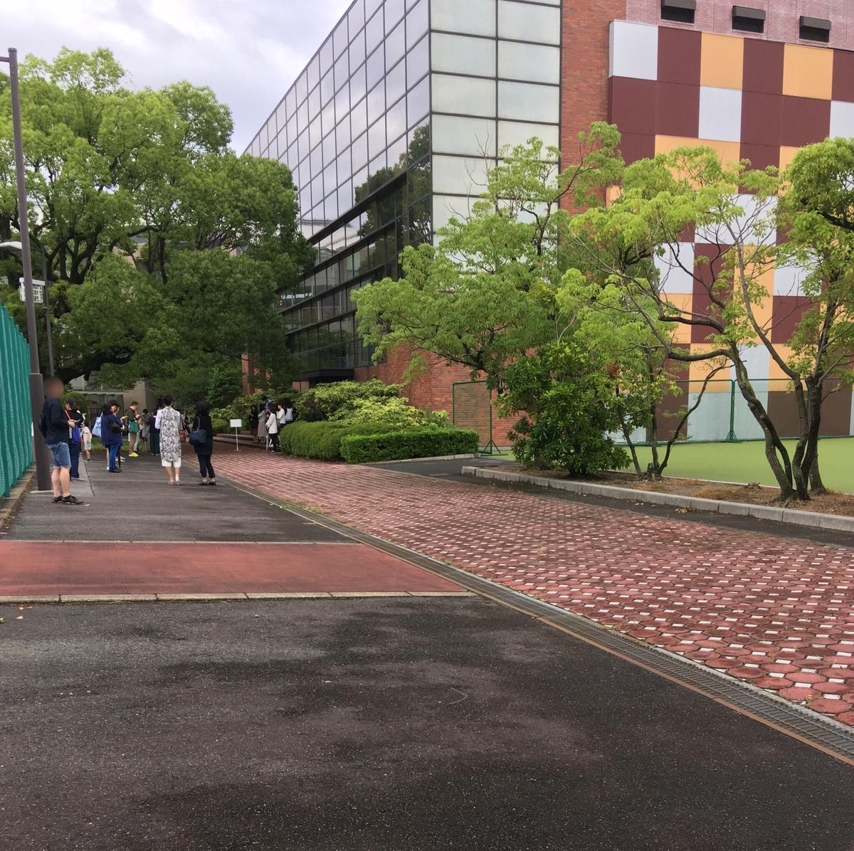 会場の名古屋国際中学校