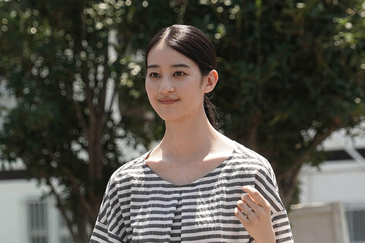 新谷涼子(青野楓)
