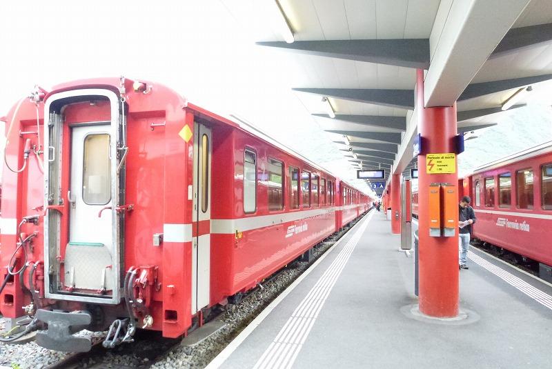 ベルニナ線普通列車
