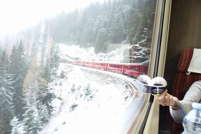 ベルニナ線 車窓 雪