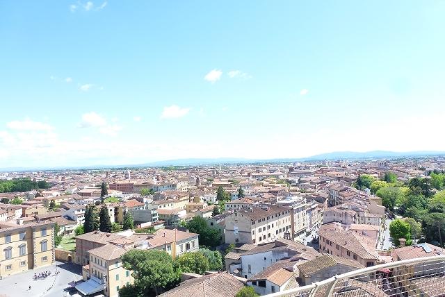 ピサ斜塔からの景色