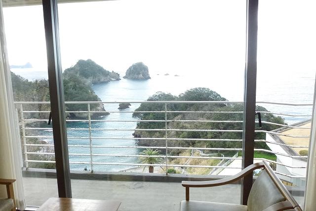 伊豆堂ヶ島 ニュー銀水 部屋 窓眺望