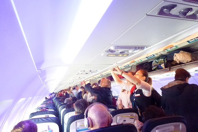 ブリュッセル航空 機内