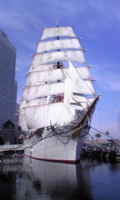 四檣バーク帆船美しい