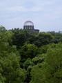 市民球場の隣は原爆ドーム