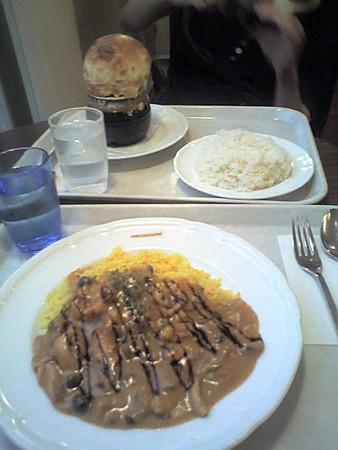 ヴィーナスフォートで夕食。