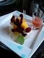 [かじ][外飯]グレープフルーツのジュレと白桃のコンポート 、ココナッツのメレン