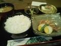 [popona][昼食][大阪][日本橋][で んでんタウン] ポミエの角煮定食。ごはん多 くないか?