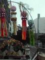雨に濡れた七夕飾り L:仙台駅