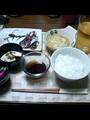 [moyu]昨日の夕飯で写ツテスト。ゆでだこ・はもの子のたまごとじ・ひや や