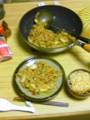 自宅に一人。気が付いたら炒飯を3人前も作っていた