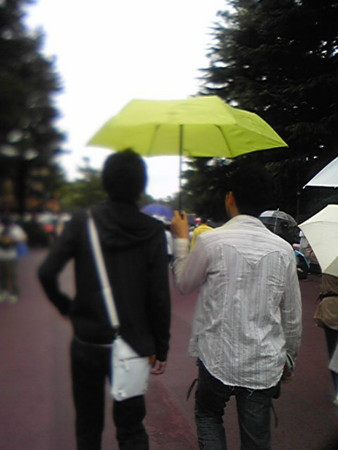 タレとさわすーがラブ傘。爆発しろ!!