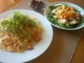 [かじ][ごはん]鶏とえりんぎのペペロンチーノ、南瓜とじゃがいものサラダ。